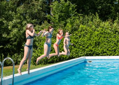 zwembad_jump